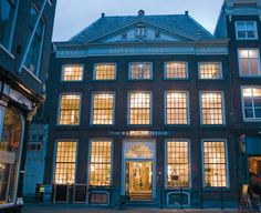 Van Waay & Soetekouw winkel  Markt 17  2611 GP Delft