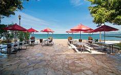 Queen's Surf Cafe & Lanai @ Waikiki (7:00-21:00)
