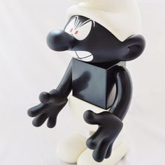 Medicom Toy KUBRICK 400% SMURF Comic Angry Smurf Black Version Rare Figure   http://www.amazon.com/gp/product/B00SEZHIQW