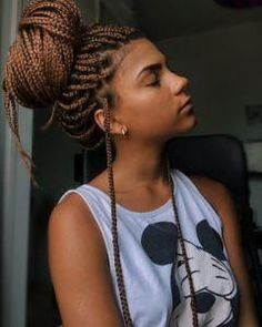 Box braids are beautiful, timeless, and practical. Take a look at 40 styles featuring small box braids (braids the size of a pencil or smaller). # small Braids for black women 40 Small Box Braid Hairstyles Brown Box Braids, Short Box Braids, Blonde Box Braids, Black Girl Braids, Cornrows With Box Braids, Box Braid Hair, Short Afro, Jumbo Box Braids, Pigtail Braids