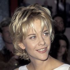 back view of meg ryan's hair  | Meg ryan hairstyles