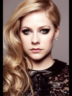 Makeup: Avril Lavigne for Bello Magazine October 2013