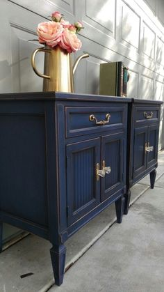 Annie Sloan Napoleonic blue with dark wax and gold fixtures Refurbished Furniture, Repurposed Furniture, Furniture Makeover, Desk Makeover, Furniture Projects, Diy Furniture, Furniture Stores, Furniture Outlet, Kitchen Furniture