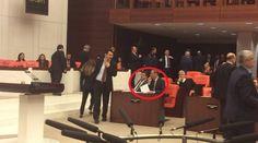 VİDEO | Meclis'te skandal anları: AKP 'gizli oy' veren vekilleri açık açık fişledi!