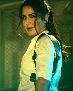 Katrina Kaif looks good Katrina Pic, Katrina Kaif Hot Pics, Katrina Kaif Photo, Bollywood Girls, Bollywood Stars, Bollywood Celebrities, Bollywood Fashion, Hot Actresses, Beautiful Actresses