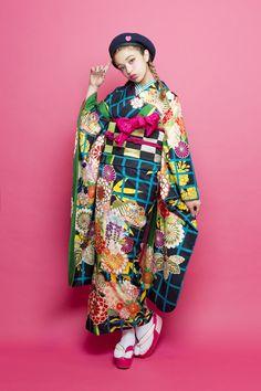 Yukata, Photo Reference, Kimono Fashion, Asian Style, Winter Jackets, Neon, Japanese, Poses, Female