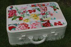 Vintage suitcase overhaul