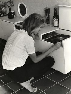 lauramcphee: Girl at Record Player, c1970 (Claar Pronk)