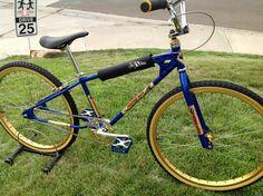 1983 Diamond Back Senior Pro 26 Bmx Bicycle, Schwinn Bikes, Diamondback Bmx, 24 Bmx, Twin Spin, Vintage Bmx Bikes, Bmx Cruiser, Antique Bicycles, Bmx Racing