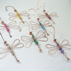 Items similar to Dragonfly ornament copper green pick your color wire wrapped on Etsy Wire Wrapped Jewelry, Wire Jewelry, Beaded Jewelry, Handmade Jewelry, Jewellery, Wire Crafts, Bead Crafts, Jewelry Crafts, Wire Ornaments
