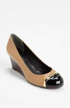 two tone pumps #toryburch
