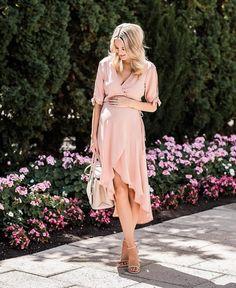 "3,888 Me gusta, 76 comentarios - Emily Jackson // Ivory Lane (@emilyijackson) en Instagram: ""Pretty in pink!! Today's look on the blog! theivorylane.com http://liketk.it/2sD23 #liketkit…"""