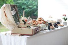 dessert bar- wedding cake in vintage suitcase