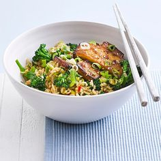 Try our hoisin-glazed tofu with stir-fried brown rice recipe. This vegan recipe for tofu and brown rice recipe is vegetarian and under 500 calories. Low Calorie Vegetarian Recipes, Best Tofu Recipes, Veggie Recipes, Healthy Recipes, Tufu Recipes, Veggie Dinners, Vegetarian Entrees, Meatless Recipes, Vegetarian Cooking