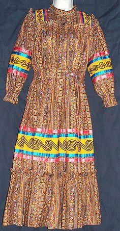 All Things Cherokee: Art Gallery - Textiles Cherokee Indian Women, Native American Cherokee, Native American Clothing, Native American Regalia, Native American Women, Native American Fashion, American Art, Cherokee Indians, Cherokee Nation