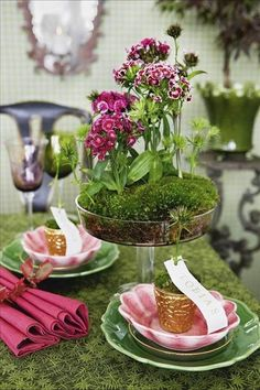 The reindeer moss for this garden party table is perfect! I like table terrariums - less springy though, more autumn Decoration Table, Table Centerpieces, Centrepieces, Terrarium Centerpiece, Dresser La Table, Beautiful Table Settings, Deco Floral, Spring Party, Deco Table
