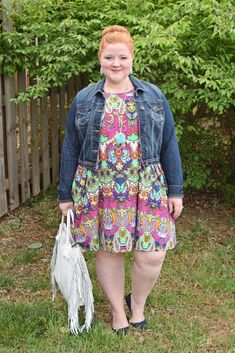 Today I share a look book of five new arrivals from SWAK Designs (sizes 1x-6x)! In addition to fit reviews, I style each piece to show how I made it my own. #swakdesigns #myswakstyle #psootd #plussize #outfit #ootd
