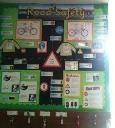 A super Road Safety classroom display photo contribution. Great ideas for your classroom! Road Safety Poster, Health And Safety Poster, Safety Posters, Class Displays, School Displays, Classroom Displays, Road Traffic Safety, Teaching Safety, Creative Curriculum Preschool