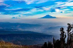 Mount Rainier & Mount Saint Helen's in the smoky haze seen from Cloud Cap Trailhead Mount Hood Oregon [OC] [5184x3456]