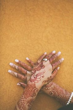 Henna Tattoo Designs That are Beautiful And Stunning - Smashcave
