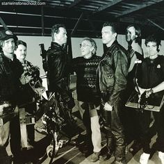 The making of From left to right: John Rosengrant F. Charles Lutkus III animatronic Arnold puppet double Stan Winston Arnold Schwarzenegger Richard Landon and N. Practical Effects, Arnold Schwarzenegger, Puppets, Behind The Scenes, Hollywood, Studio, Concert, Instagram Posts, Movies