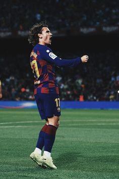 Football Players Images, Best Football Players, Football Is Life, Football Boys, Soccer Players, Lionel Messi Barcelona, Barcelona Futbol Club, Barcelona Soccer, Messi Vs Ronaldo