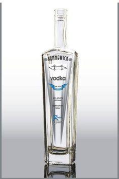 RiverSands Distillery in Kennewick offers a variety of spirits. Visit! www.riversandsdistillery.com #TriCities #TriCitiesWA #vodka #gin #spirits
