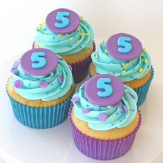 cute cupcakes and I love the colors.