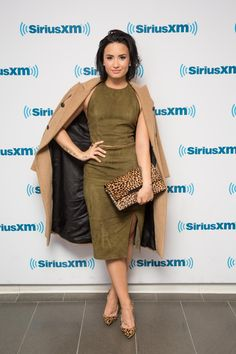 12 Demi Lovato Outfits You Can Rock Too - Demi Lovato Outfits Ideas - Pretty Designs Demi Lovato Style, Demi Lovato Dress, Demi Lovato 2017, Selena, Divas, Casual Look, Dress To Impress, Lady, Celebrity Style
