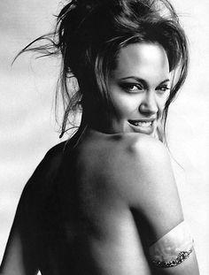 Angelina Jolie, one of the most beautiful, if she wasn't so darn skinny . . .Chiara Anna...Ho spruzzato magie di stelle sul mio cuore...per ricevere un tocco di  allegria..nelle prime luci del mattino