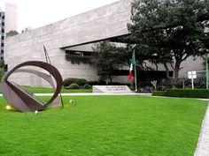 Clásico de Arquitectura: El Colegio de México,Usuario RNLatvian de Panoramio