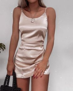 Slip Dress For New Year's Eve Party Slip Dress For New Year's Eve Party silky-slip-dress-new-years-eve-outfit-ideas-christmas-party-outfits The post Slip Dress For New Year's Eve Party & outfits. appeared first on Outfits . Outfits Casual, Mode Outfits, Casual Dresses For Women, Fashion Outfits, Party Outfit Casual, Cute Party Outfits, Outfits For Parties, Casual Party Outfit Night, Date Night Outfits