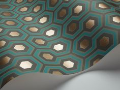 This eye-catching Hicks Hexagon Wallpaper by designer Cole & Son is from their Contemporary Restyled & New Contemporary Collection. This classic geometric hexagon design wallpaper is available in six dramatic colour-ways. Teal And Gold Wallpaper, Hexagon Wallpaper, Art Deco Wallpaper, Cole And Son Wallpaper, Painting Wallpaper, Modern Wallpaper, Original Wallpaper, Geometric Wallpaper, Wall Wallpaper