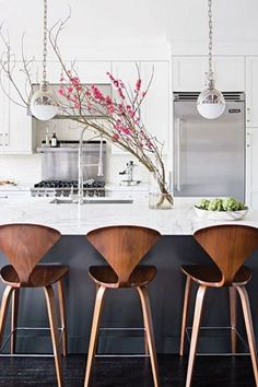 Modern Kitchen Design 10 Best Modern Counter Stools - Thorough round up of the 10 best modern counter stools around. Find a perfect match for your decor in any price point with this great resource. Modern Counter Stools, Kitchen Stools, Kitchen Wood, Modern Stools, Counter Tops, Kitchen Cabinets, Modern Bar, Kitchen Modern, Kitchen Sink