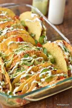 Crock Pot Chicken Baked Tacos - These would be perfect for Cinco De Mayo or Taco Tuesday. Top Recipes, Gourmet Recipes, Mexican Food Recipes, Cooking Recipes, Healthy Recipes, Recipies, Indian Recipes, Yummy Recipes, Healthy Food