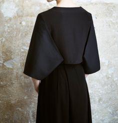 ATIFA RASOOLI - stiff kimono style sleeves + black