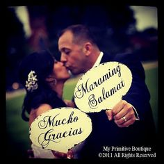 Mucho Gracias & Maraming Salamat PADDLES , Mr. and Mrs Paddles, Hand Held Photo Props, WEDDING Decor, Fan, Wedding Sign