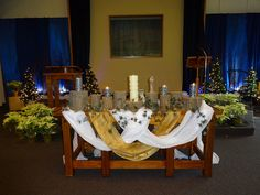 """Christmas 2013.  I also like this """"swagged"""" concept for an Easter table."""