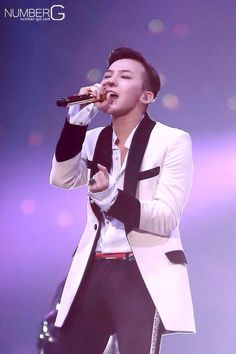 G-Dragon // Japan Dome Tour in Nagoya (141116)