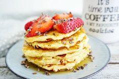 My Kitchen Stories - Churros-pannkakor med krämig nutellasås Fast Healthy Meals, Healthy Snacks, Savory Breakfast, Breakfast Recipes, Low Carb Recipes, Healthy Recipes, Healthy Baking, Love Food, Nutella