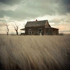 madras, oregon : photographed by Cole Rise-this old house
