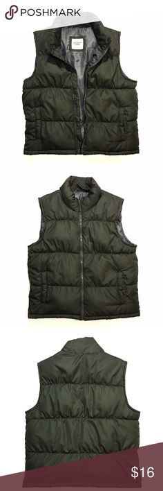Old Navy Puffer Full Zip Vest Men's Size Large Color: Army Green Condition is very good with one imperfection: there is a 4 inch snag along the seam on the front left inside of vest.   Men's Size Large • Chest (pit to pit) 23 inches • Length (top of neck to waist) 30 inches • Shoulder to shoulder 17 inches • Pit to waist 15 inches  Vest has been cleaned. Old Navy Jackets & Coats Vests