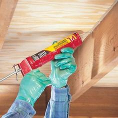 The Family Handyman website :How to Repair a Squeaky Floor - fix, repair, DIY Do It Yourself Furniture, Do It Yourself Home, Diy Projects To Try, Home Projects, Project Ideas, Squeaky Floors, Hacks Ikea, Just In Case, Just For You