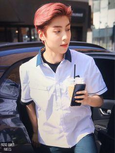 Boyfriend Material, Ulzzang, Boy Groups, Rapper, Chef Jackets, Singing, Rain Jacket, Windbreaker, Kpop