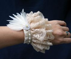 Exquisite Velvet and Lace Wrist Cuff with Feather Corsage and Pearls Fabric Bracelets, Fabric Jewelry, Cuff Bracelets, Estilo Lolita, Lolita Fashion, Diy Fashion, Ideias Fashion, Lace Cuffs, Lace Gloves