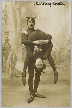 Vintage Circus Folk