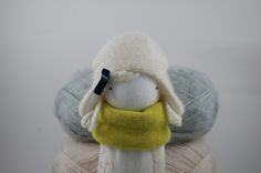 Here are small lovelymuc muc dolls that make Polish parents crazy. The creator of the dolls, Gabriela Wójcik, sews them from natural fabrics like wool and soft cotton. They feel so cold… that's why they are wearing so many warm clothes. We love the way Gabriela is choosing materials and prints and how she mixes …