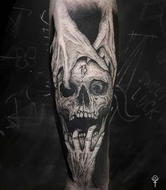 That's simply sick - Tattoo Catalog Evil Tattoos, Creepy Tattoos, Badass Tattoos, Black Tattoos, Tattoos For Guys, Tatoos, Forearm Tattoo Design, Skull Tattoo Design, Forearm Tattoos