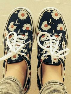 Daisy Vans. Want these because of Looking for Alaska