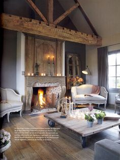 35 Stunning Living Room Design Ideas With Wooden Beams - Page 10 of 32 Cozy Living Room Design, House Design, Interior, Home, Farmhouse Chic Living Room, House Interior, Interior Design, Home And Living, Rustic House